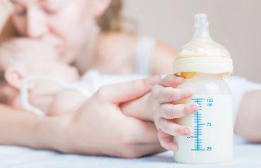 l'allaitement d'un nourisson de trois mois